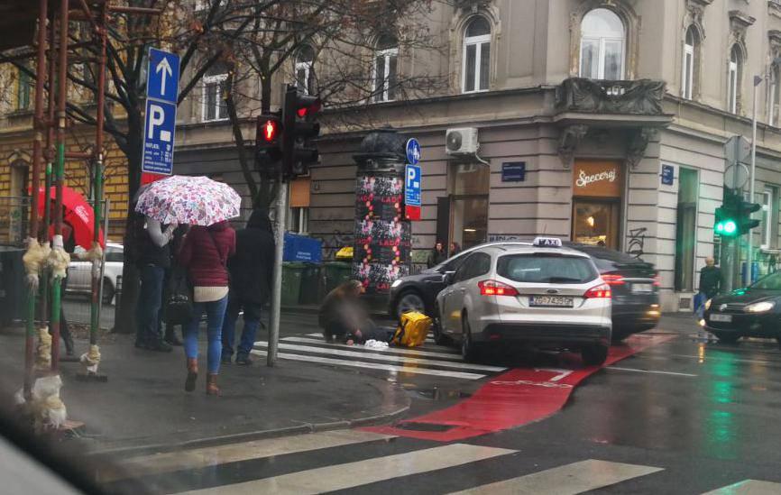 Naletio na biciklista u centru Zagreba, ovaj ostao bez svijesti