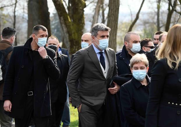 Sprovod velikana hrvatskog nogometa Zlatka Kranjčara na zagrebačkom groblju Mirogoj