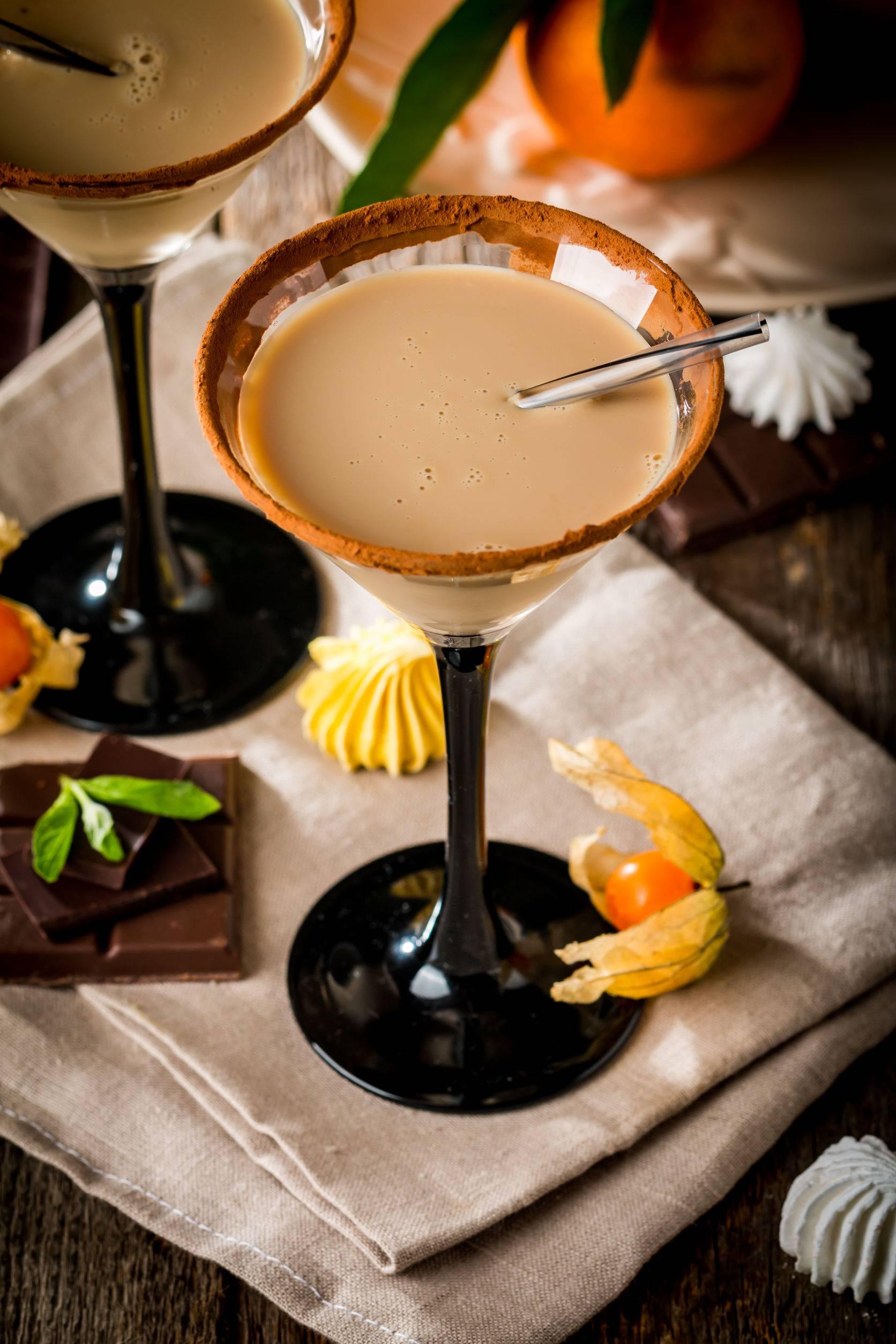 Napravite sami odličan liker od viskija i vrhnja - jednostavno je