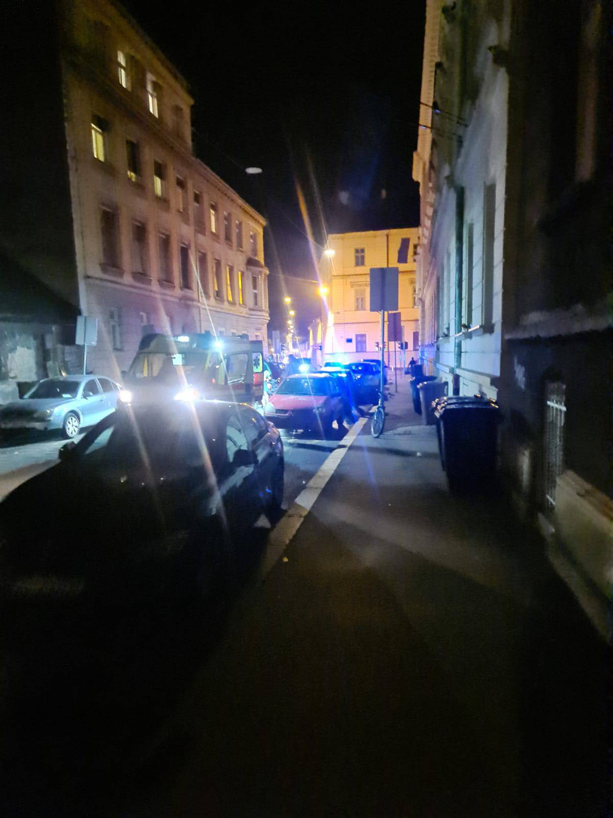 Posvađali se pa ga izbo nožem: 'Ulaz u zgradu je bio pun krvi'