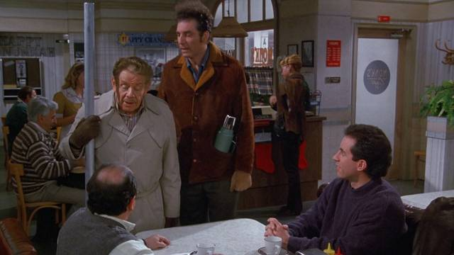 Scena iz epizode Festivus serije Seinfeld
