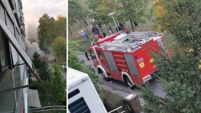Buknuo požar u stanu, jedan je čovjek poginuo: 'Jurili smo van'