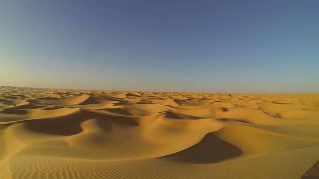 Nevjerojatni prizori: Nakon 37 godina snijeg je pao u Sahari