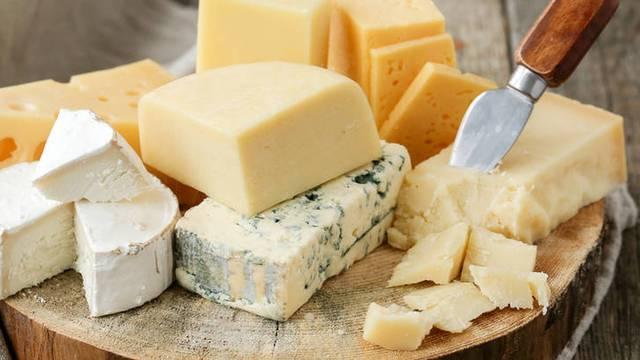 Ovo je deset najzdravijih vrsta sireva: svježi, gauda, ricotta...