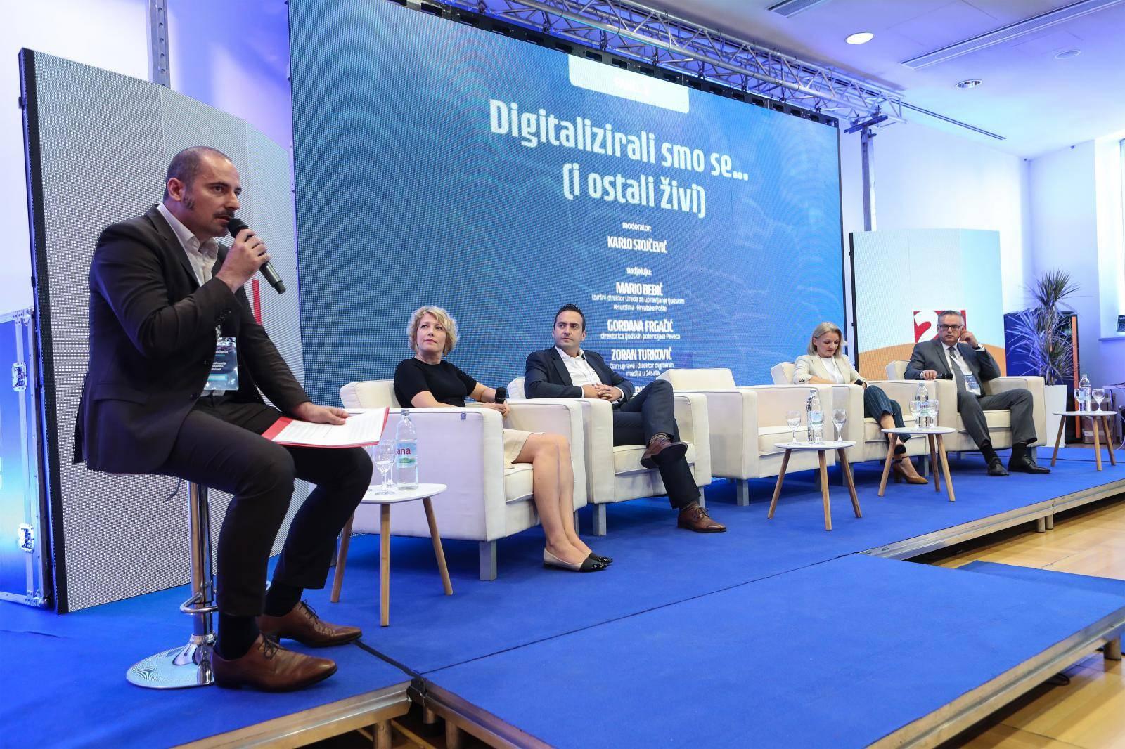 "Zagreb: Panel ""Digitalizirali smo se i ostali živi"" na konferenciji Poslodavac 3.0"
