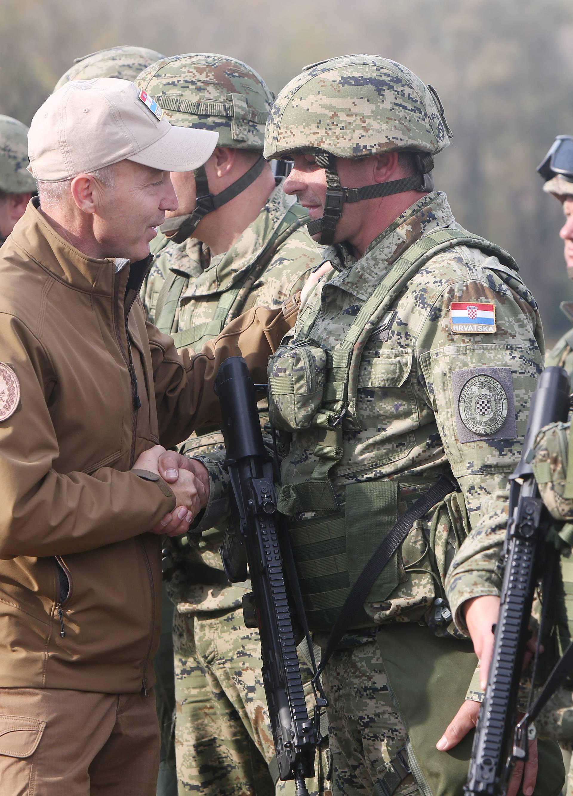 Hrvatska povlači svoje vojnike iz misije u Afganistanu?