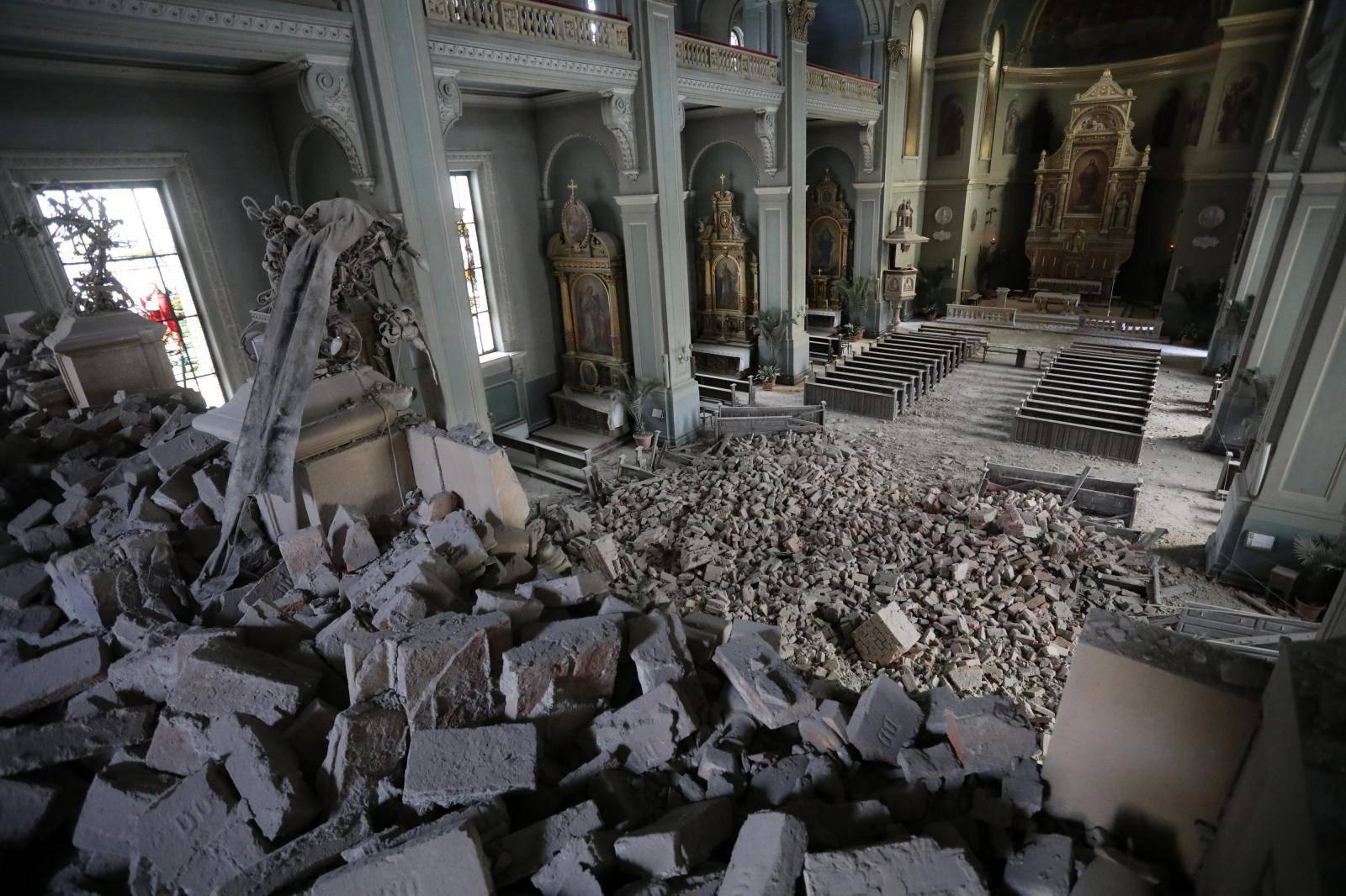 Zagreb: Potres oštetio crkvu u Palmotićevoj ulici