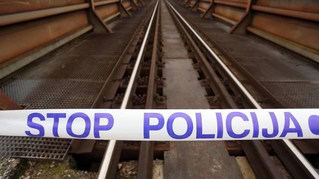 Karlovac: Nepoznata osoba poginula u naletu vlaka