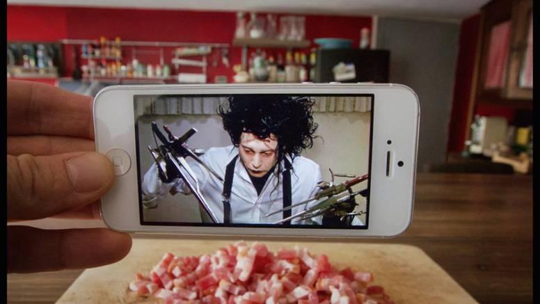 Genijalno: iPhoneom je ubacio filmske junake u svakodnevicu
