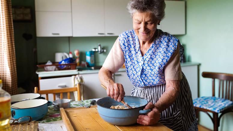 Odlučili bake i djedovi: Ovo je 5 zlatnih životnih pravila