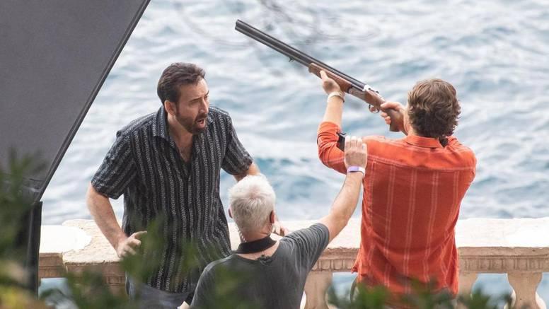 Nicolasu Cageu u Dubrovniku uperili pušku u glavu na setu