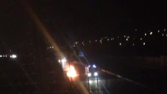 Obitelji s troje male djece zapalio se automobil u vožnji