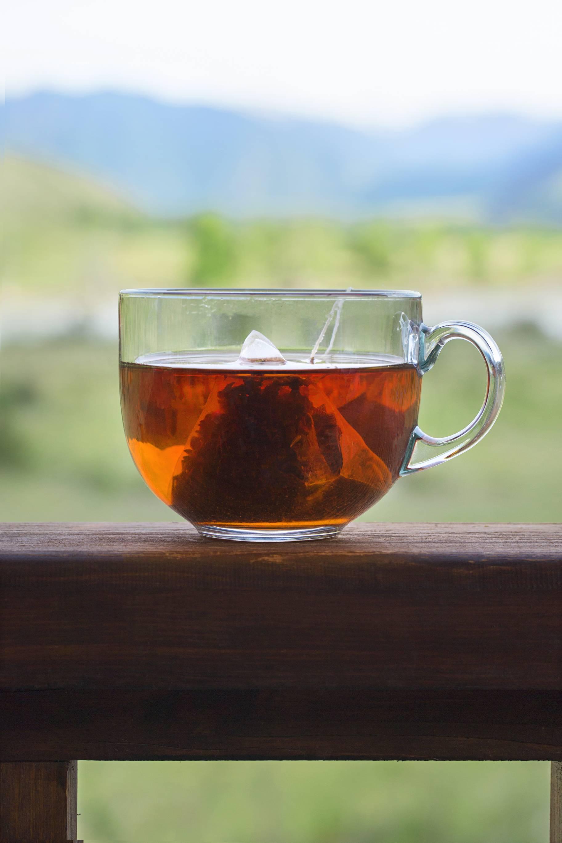 Blagodati toplog čaja u teškim trenutcima: Smiruje i opušta