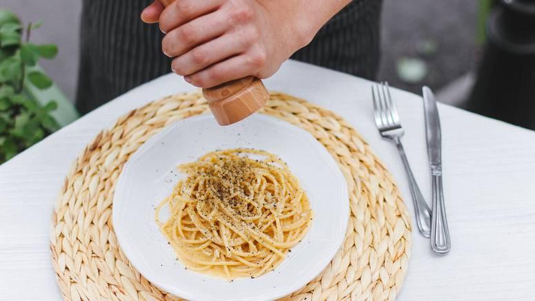 Talijani zgađeni ovom hranom: Nemate pojma o kuhanju, naša jela i tradiciju ostavite na miru!