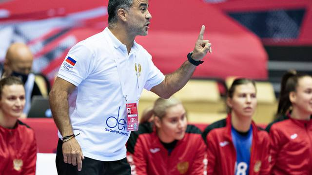 EHF Euro Women's Handball Championship - Preliminary Round - Russia v Sweden