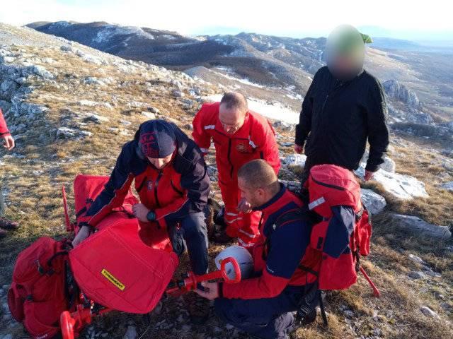 Drama na Poštaku: Planinarki pozlilo, spašavali je HGSS-ovci