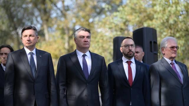 Zagreb: Predsjednici Hrvatske i Slovenije na svečanom otkrivanju spomenika Prešernu