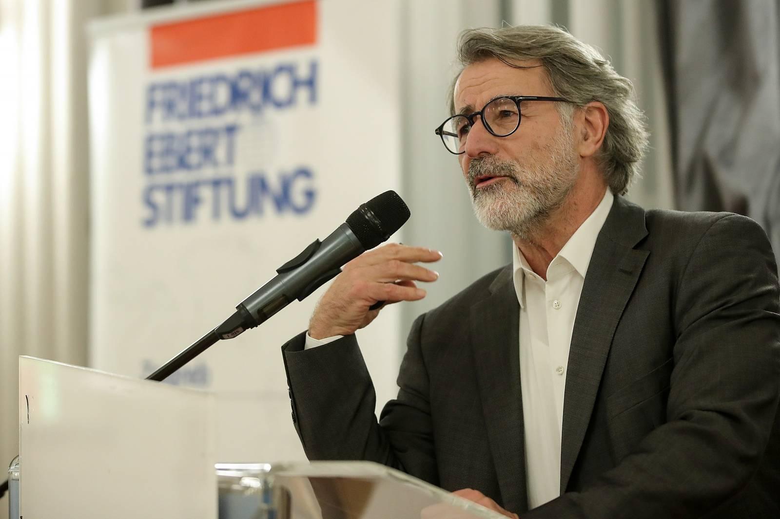 Zagreb: Wolfgang Merkel održao predavanje u Novinarskom domu