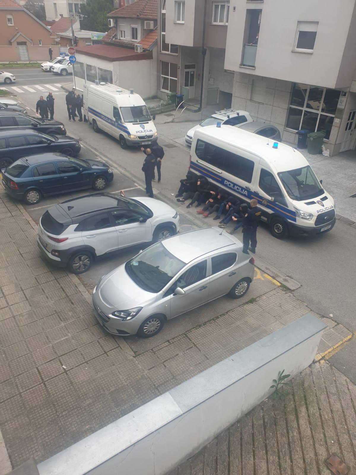 Masovna tučnjava navijača u Zagrebu: Policija ih privela 25