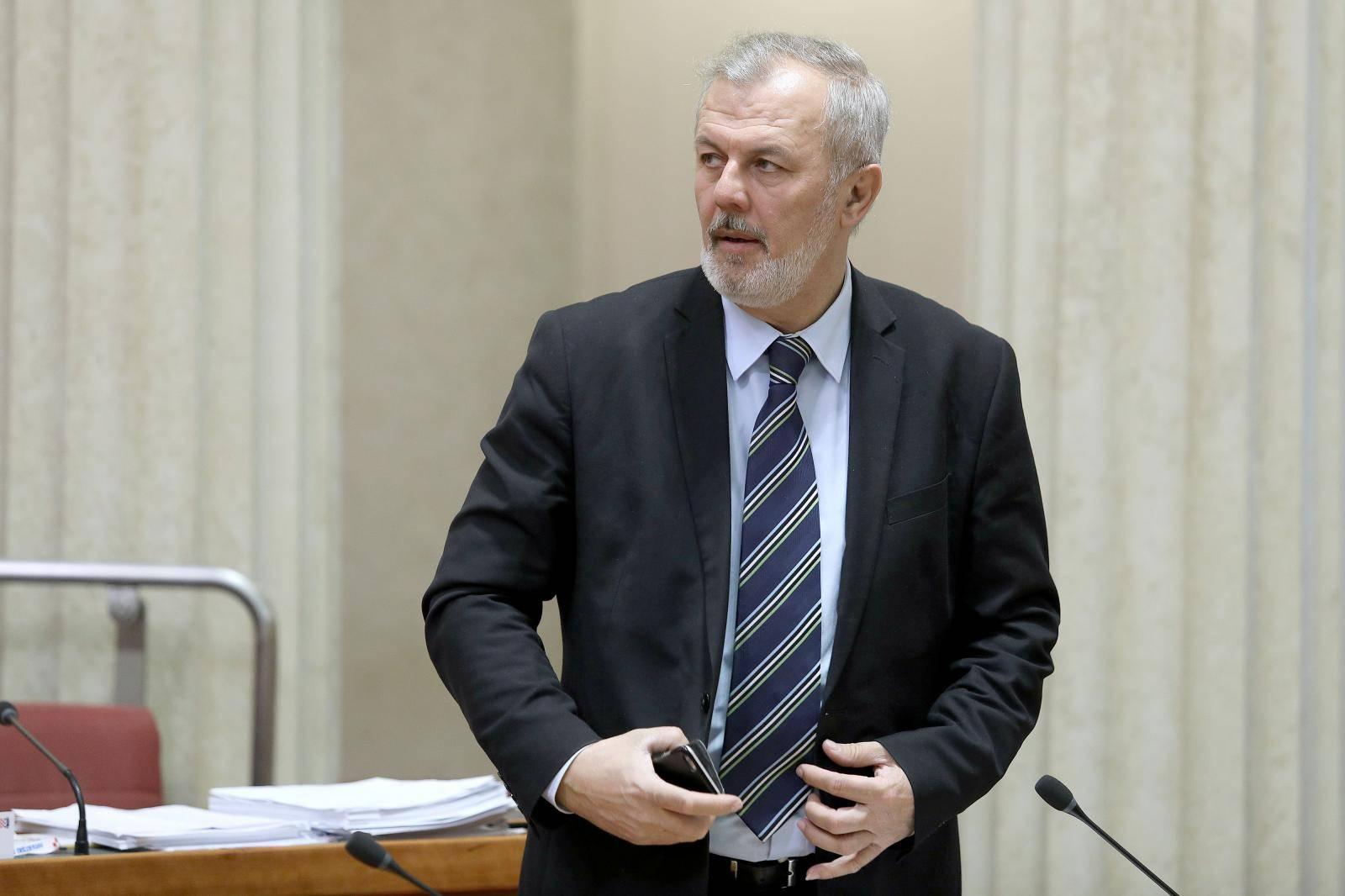 'Odluke Predsjedništva i vijeća HDZ-a moraju svi poštivati'