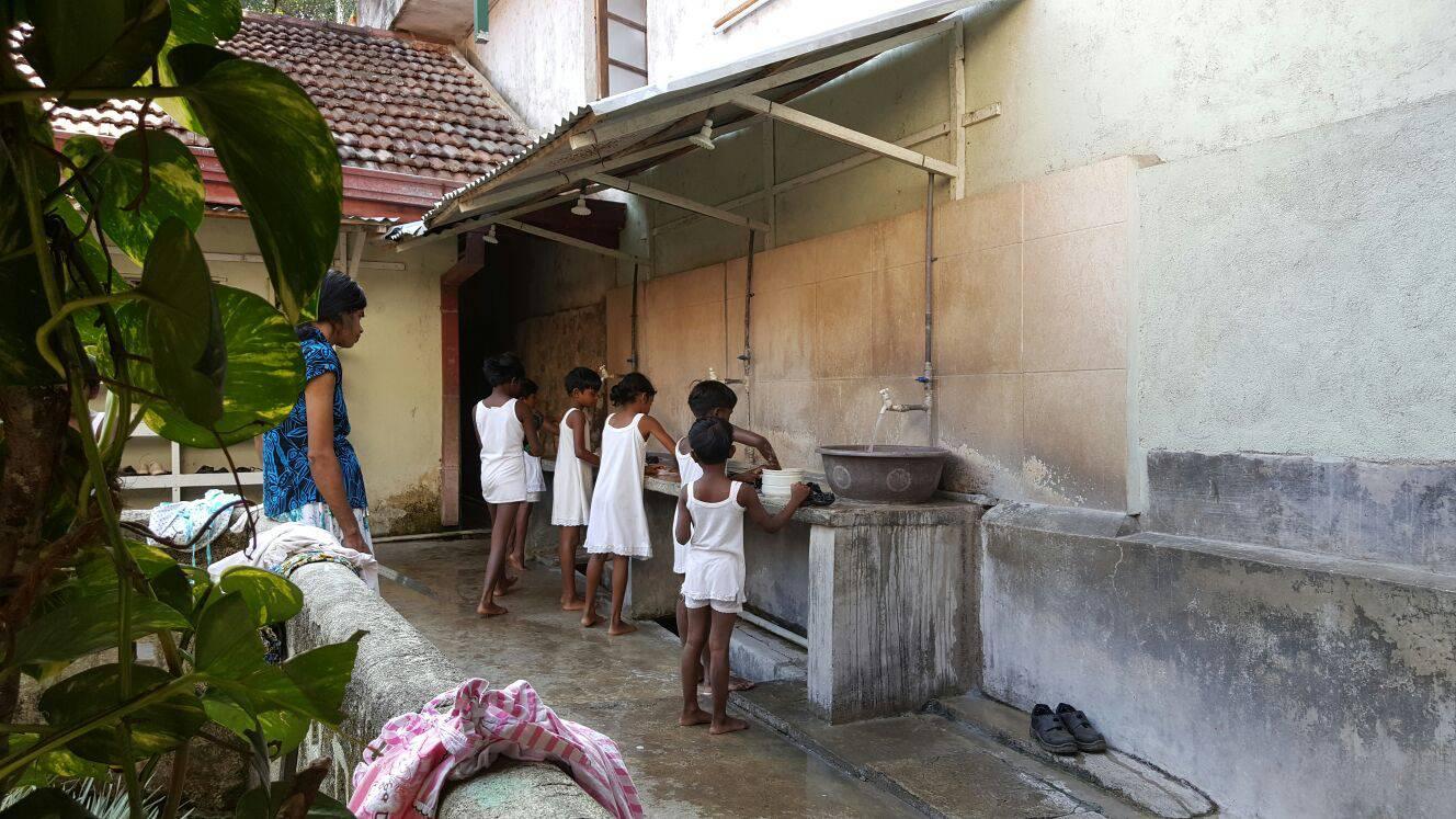 Pokrenimo zajedno lavinu dobrote za djecu na Šri Lanci
