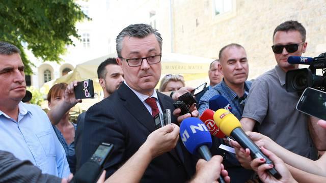Tihomir Orešković tvrdi: Vlada nije ništa popustila Srbiji