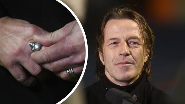 Novi trener Hajduka na ruci nosi poseban prsten. Nosi mu sreću?!
