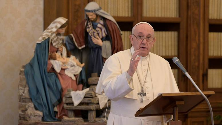 Papa Franjo imenovao je ženu za podtajnicu Biskupske sinode