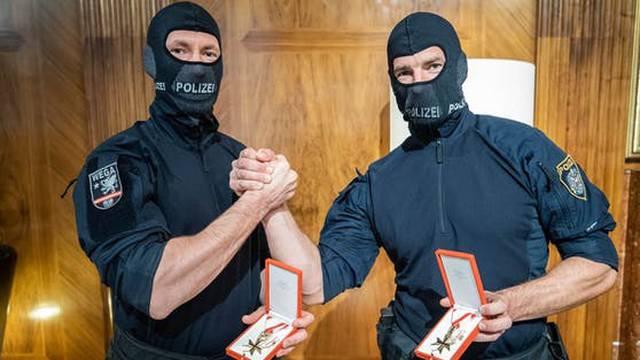Ovo su hrabri policajci iz Beča: Došli na mjesto pucnjave za 9 minuta i likvidirali napadača