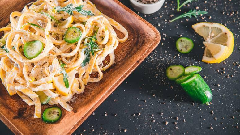 Umak od krastavaca i maslaca - savršeno paše uz tjesteninu