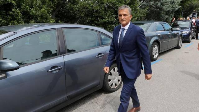Ministar Marić dao je ostavku: 'Neću prihvatiti udar na obitelj'