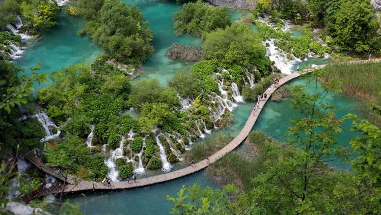 Sada je pravo vrijeme za otići na Plitvička jezera - nude više nego upola jeftinije ulaznice