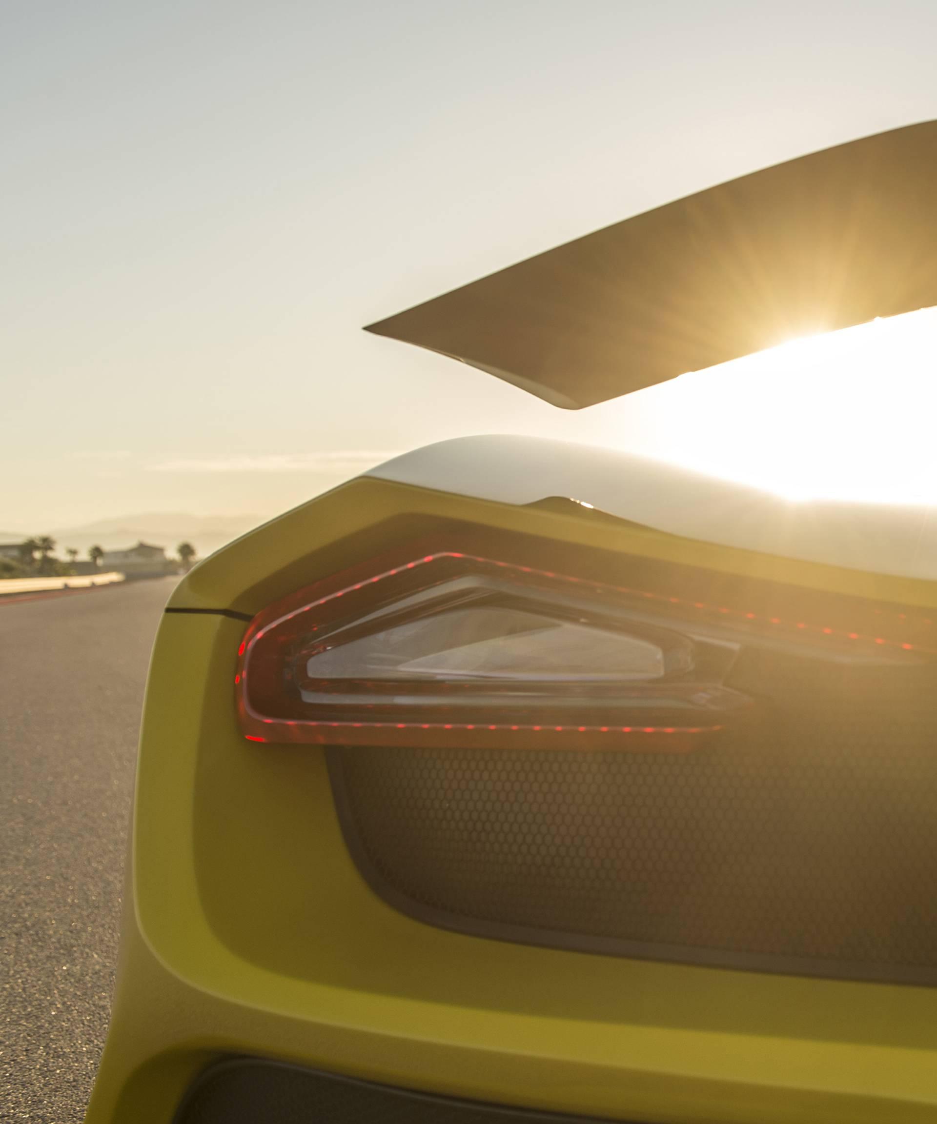Amerikanci se s najsnažnijim automobilom rugaju Bugattiju
