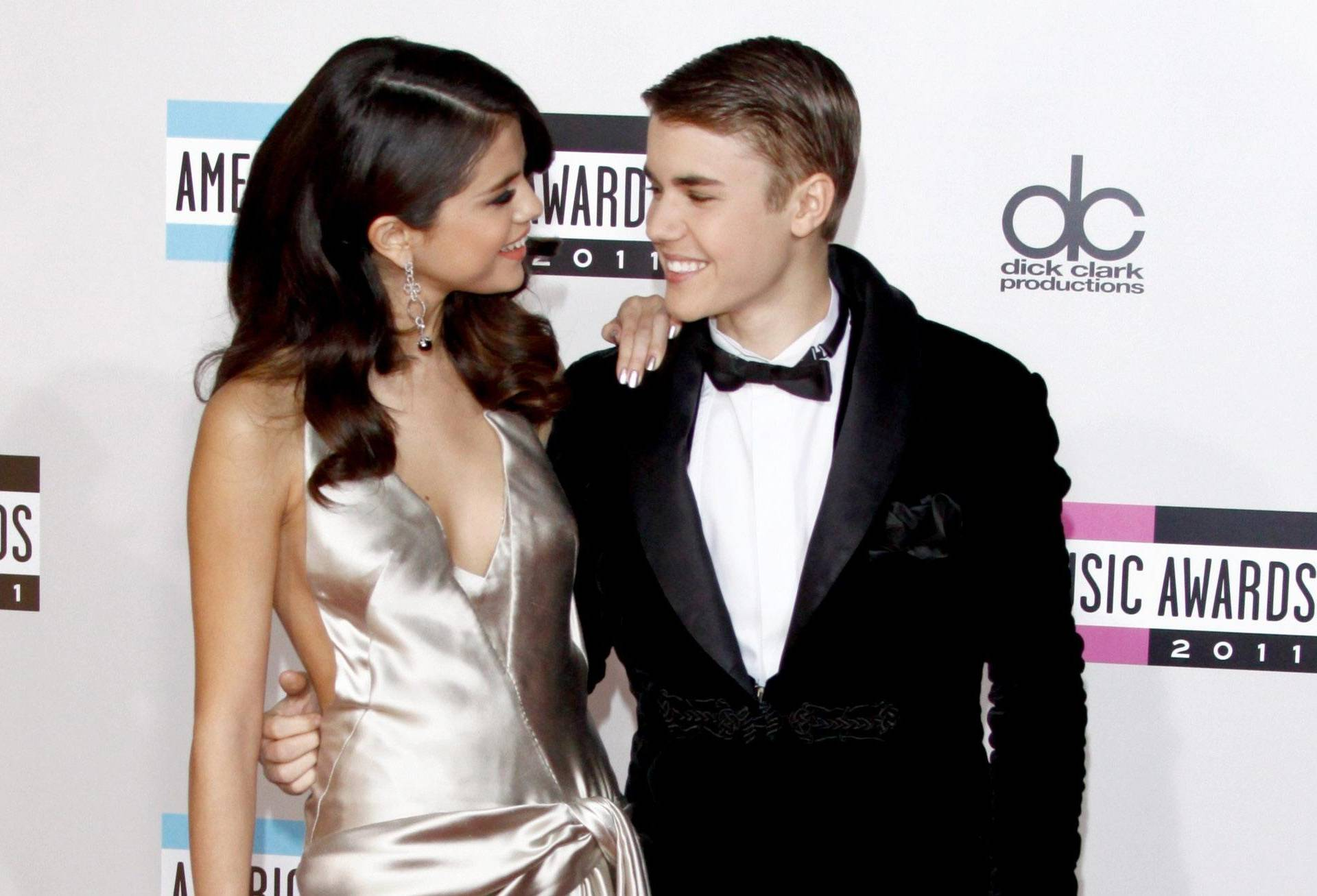 American Music Awards - Justin Bieber and Selena Gomez