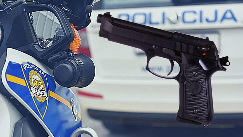 Zagreb: Maloljetnik u dijete uperio Airsoft pištolj te mu zaprijetio, postupala i policija