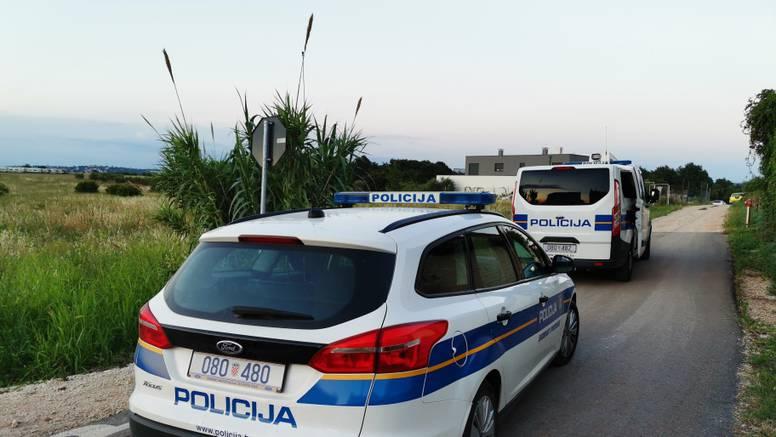 Pijan i bez vozačke izazvao prometnu u kojoj je ozlijeđeno dvoje ljudi, izletjeli su s ceste