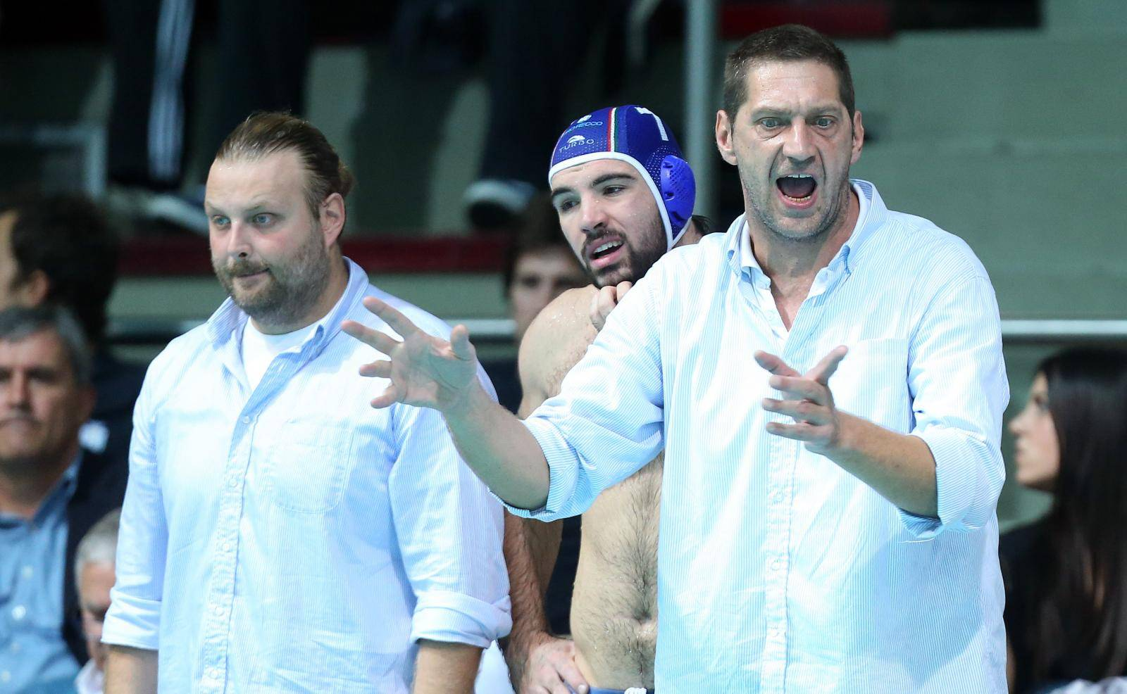 Cirkus u srpskom velikanu: Doveli legendu za trenera pa ga smijenili bez ijedne utakmice!?