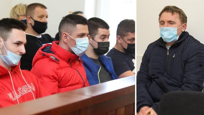 Napokon počelo suđenje za premlaćivanje Ivana Mikuljana. Čekić jedini rekao da je kriv