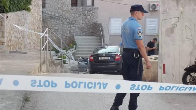 Nakon što je ubio ženu u Malom Lošinju skočio u smrt s balkona?