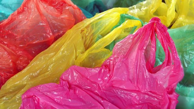 Iz plastičnih vrećica i ambalaže mikrovalovima izdvojili vodik
