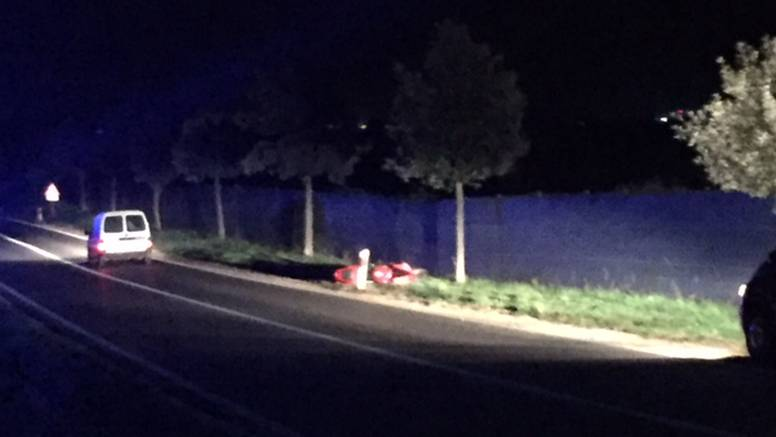 Motorom se zabio u zaštitnu ogradu i na mjestu poginuo