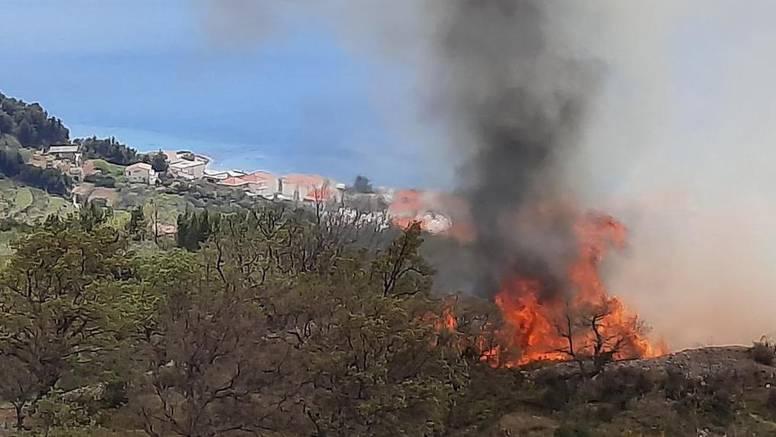Gorjelo kod Splita: 'Lokalizirali smo požar, nema opasnosti'