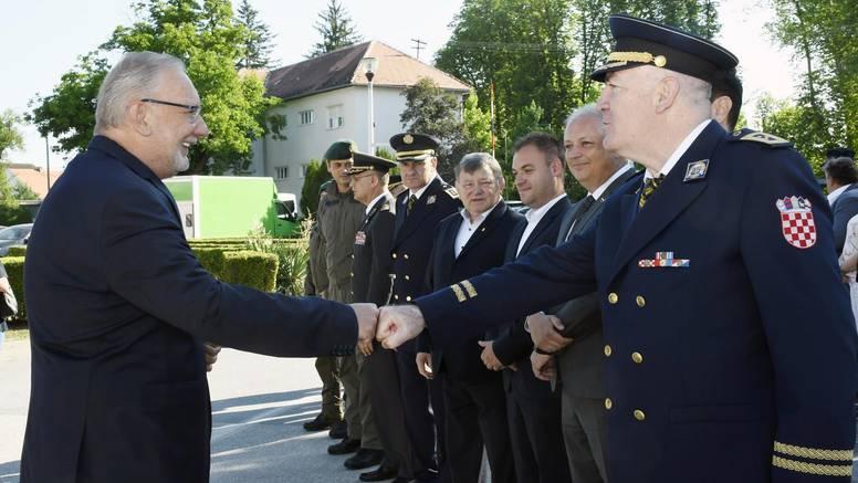 'Naši policajci su bili prvi heroji obrane od srpskog  agresora, njihova uloga je nezamjenjiva'