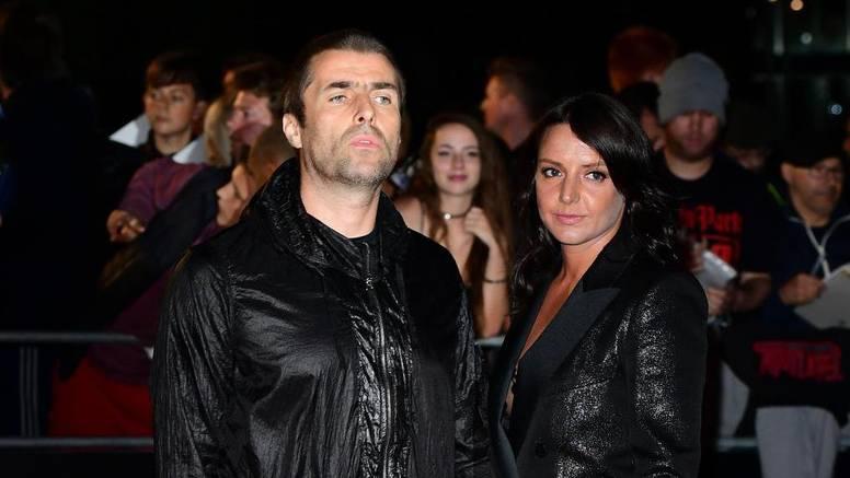 Treća sreća: Liam Gallagher je zaprosio dugogodišnju djevojku