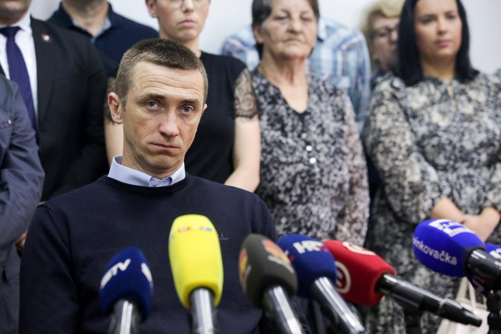 'Napuštamo HDZ, oni su izdali Vukovar, osnivamo stranku!'