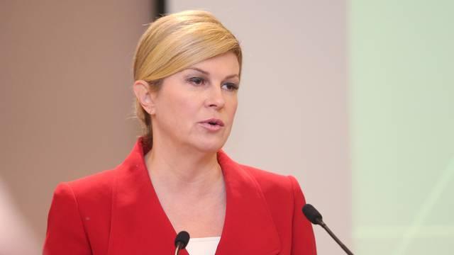 """Zagreb: Predsjednica Grabar-Kitarović na konferenciji """"Meeting G2.4 - Pogled u budućnost"""""""