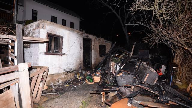 'Susjed je rekao da je bio čistio pepeo netom prije požara...'