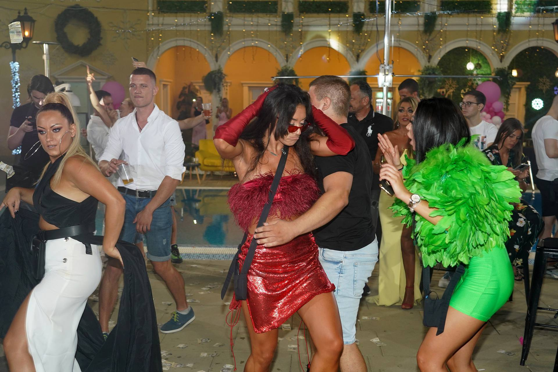 """A party on the occasion of the end of the reality show """"Zadruga 4"""" held in Simanovci.Zurka povodom kraja reality showa """"Zadruga 4"""" odrzana u Simanovcima."""