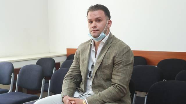 Zagreb: Na Općinskom sudu počelo suđenje Vjeki Slišku za napad na Hrvoja Petrača