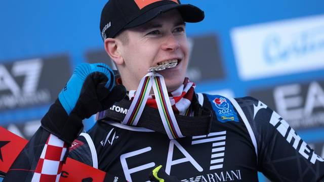 alpine ski race - 2021 FIS Alpine World SKI Championships - Parallel Giant Slalom - Men